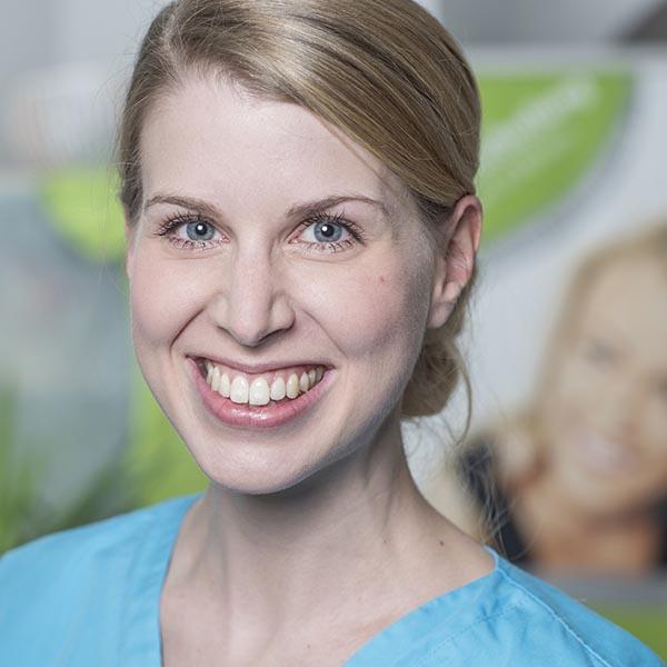 Zahnarzt in Bad Kreuznach - Zahnarztpraxis Kessler & Bruns - Team - Mirjam Bruns
